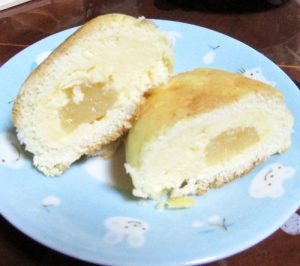 八天堂クリームパン08