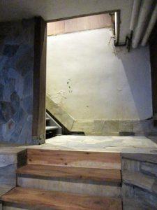 わかうら食堂20・木の階段