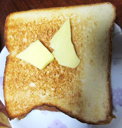 明日が楽しみすぎての食パン05